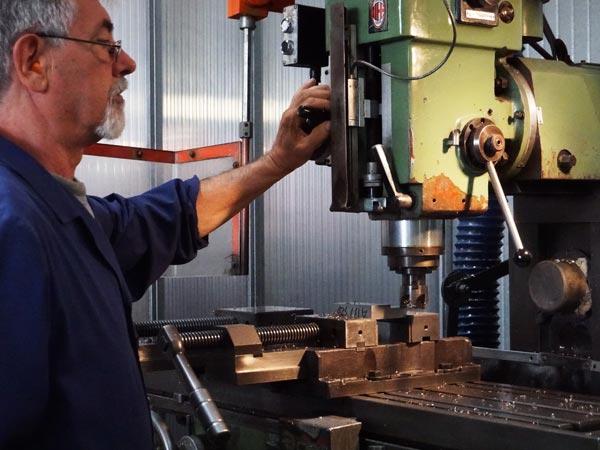 Foratura-metalli-per-realizzazione-componentistica-bologna