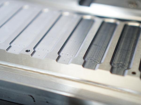 Produzione-componenti-meccanici-a-disegno-bologna